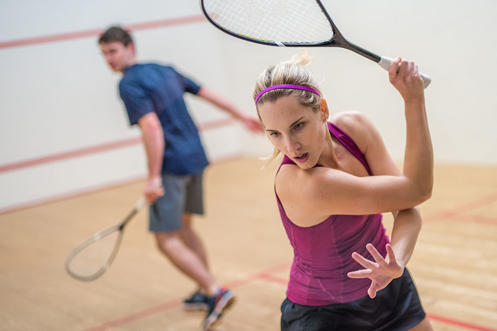 Picture of Man and Woman playing squash